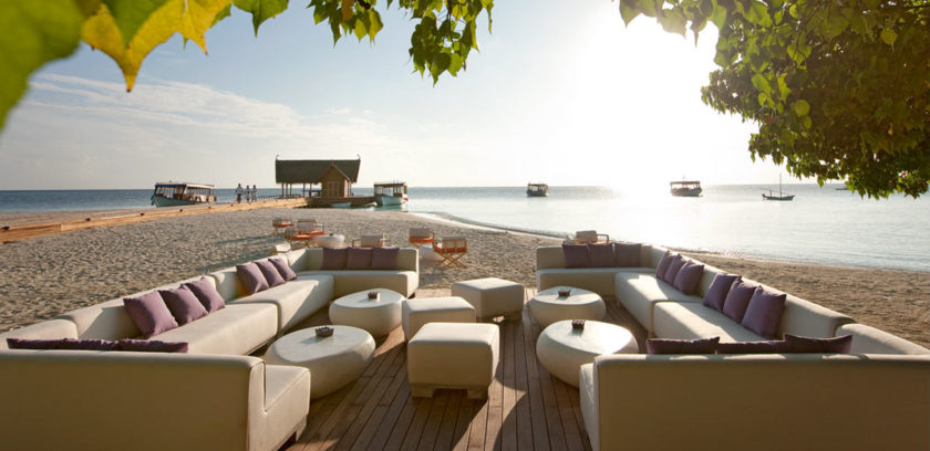 Constance Moofushi Resort 06