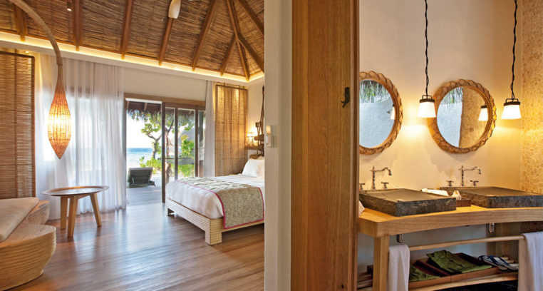 Constance Moofushi Resort 07