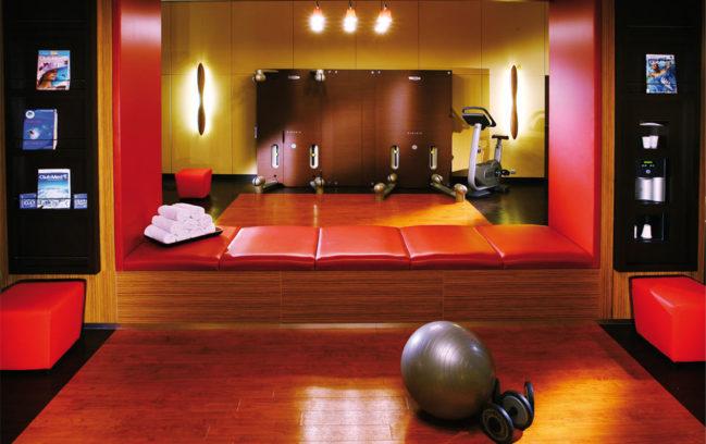 Club Med Gym 02